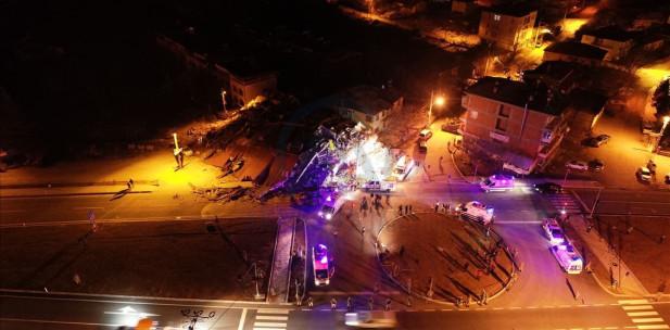 Türkiye'yi sarsan 6.8 Elazığ depreminde hayatını kaybedenlerin sayısı 22′ye yükseldi